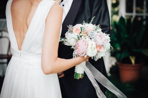 evliliği yoluna sokmak